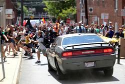 إعلان الطوارئ في فرجينيا بعد اندلاع اشتباكات عنصرية