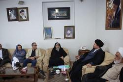 آیت الله سید حسن خمینی در دیدار با دست اندرکاران ششمین جشنواره بین المللی فیلم «سبز»