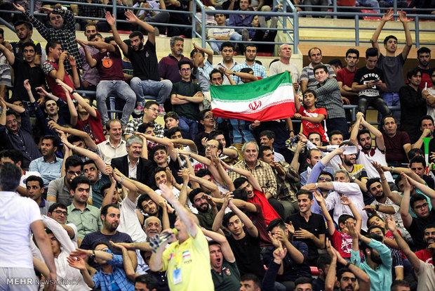 تعریف نماینده فدراسیون جهانی والیبال از ایران