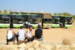 خروج اتوبوسهای حامل عناصر مسلح و آوارگان سوری از خاک لبنان