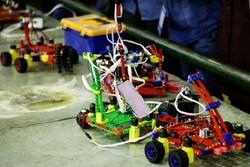 مسابقات رباتیک - کراپشده