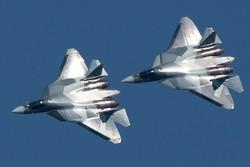 مقاتلات روسية حلقت فوق مدمرة أمريكية اقتربت من طرطوس