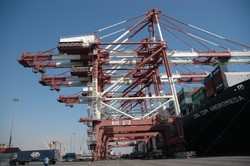 Over 12m tons of goods loaded, unloaded at Iranian ports in a month