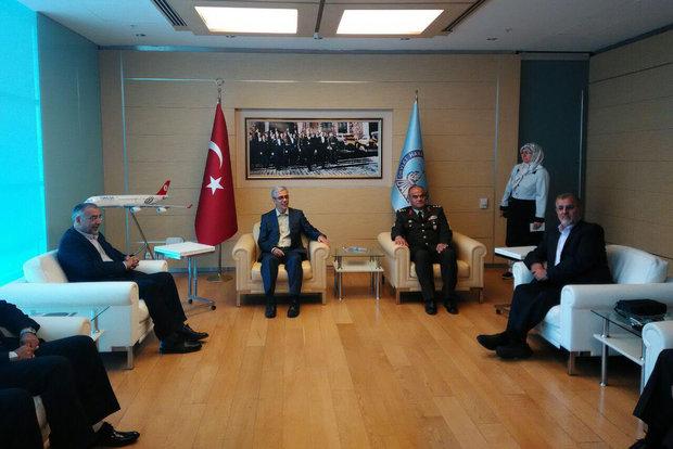 رئيس أركان الجيش التركي يزور طهران على رأس وفد عسكري رفيع المستوى
