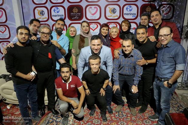 حضور هنرمندان در بازارچه خیریه شکوه مهرورزی آسایشگاه معلولان شهید بهشتی مشهد