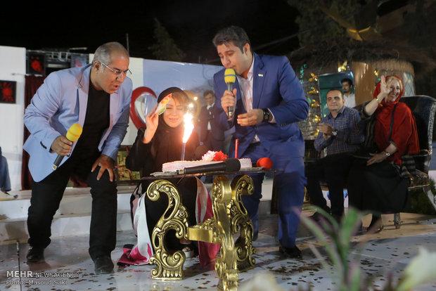 حضور شراره رخام در بازارچه خیریه شکوه مهرورزی آسایشگاه معلولان شهید بهشتی مشهد