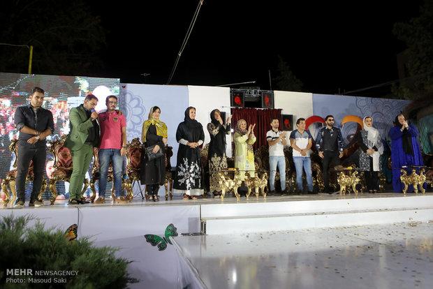 حضور هنرمندان و ورزشکاران در بازارچه خیریه شکوه مهرورزی آسایشگاه معلولان شهید بهشتی مشهد