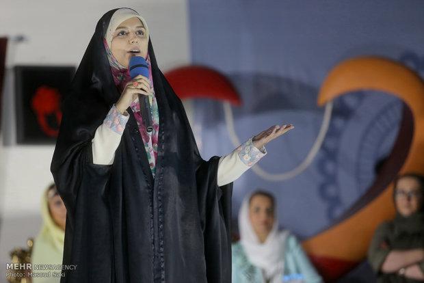 حضور مژده لواسانی در بازارچه خیریه شکوه مهرورزی آسایشگاه معلولان شهید بهشتی مشهد