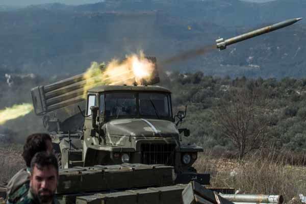 VIDEO: Syria Army heavy attacks on ISIL in southwest Deir Ezzor