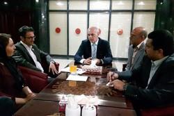 دیدار گروه تئاتر آینا با معاون سفیر بوسنی در تهران