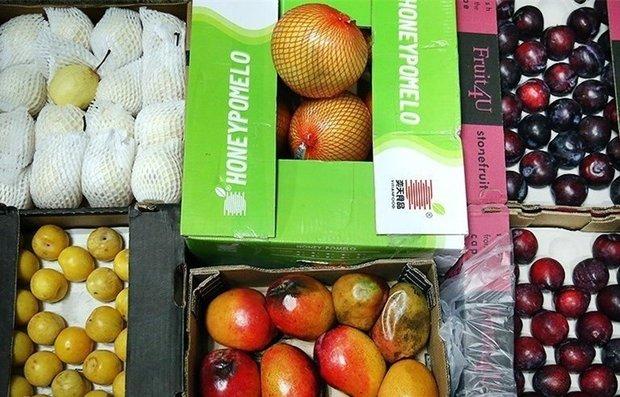 بیش از یک تن میوه قاچاق در عملیات پلیس زرندیه توقیف شد