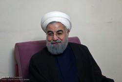 دیدار حسن روحانی با خانواده شهیدان اصغری ترکانی و جانباز مرتضی رضیعی