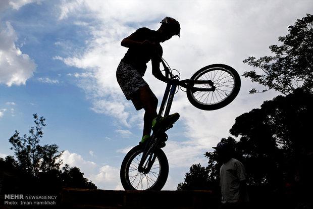 """Hemedan'da """"Trial Bisikletçilik"""" yarışı"""