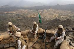 """Suudi askerlerin Yemen'in """"Aden"""" kentine girdiği an"""