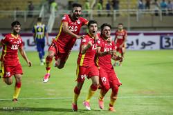 دیدار تیم هایی فولاد خوزستان و گسترش فولاد تبریز