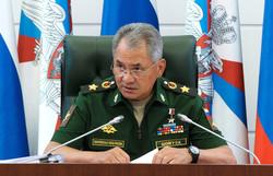 وزير الدفاع الروسي يشيد بمساهمة إيران في تحرير سوريا من الإرهابيين