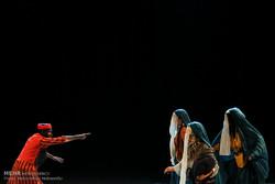هادی مرزبان و افشین هاشمی از پردیس تئاتر شهرزاد خداحافظی می کنند