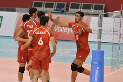 Iranian volleyball squad thrashes Mexico in straight sets