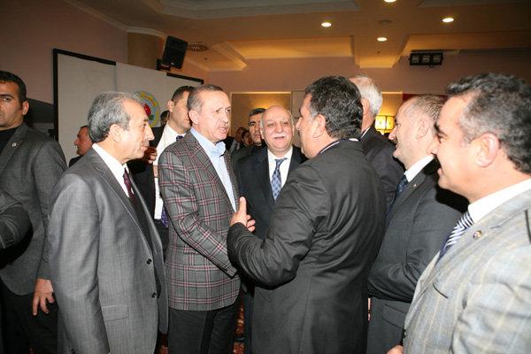 سفر سرلشکر باقری به ترکیه مهم بود/ اربیل همه پرسی را لغو کند