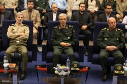 مراسم تقديم وزير الدفاع الإيراني الجديد