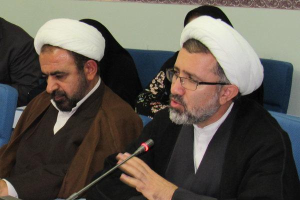 «الهام احمدی» در زندان شکنجه نشده است