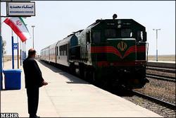 تعداد مسافران راه آهن قم ۱۸ درصد افزایش یافت/ قمیها با قطار به تهران بروند