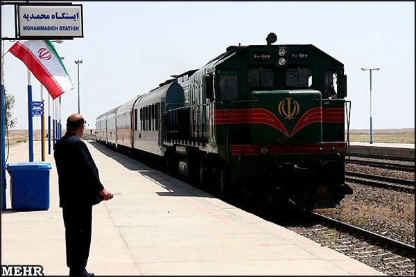 قطارهای قم به مشهد ضریب اشغال ۹۸ درصدی دارد
