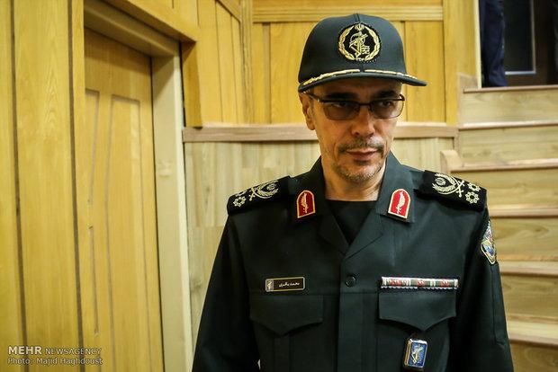 اللواء باقري يشدد على ضرورة تعزيز التعاون العسكري بين ايران وسوريا