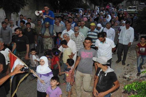 آغاز روند خروج ساکنان «الفوعه» و «کفریا» در حومه ادلب سوریه