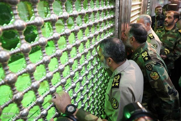 تجدید میثاق فرمانده کل ارتش با آرمانهای امام خمینی (ره)