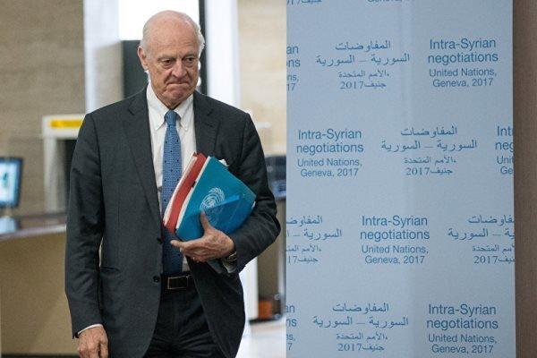 دیمیستورا: تشکیل کمیته قانون اساسی جدید سوریه ضروری است