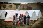 ۸۰ درصد چادرهای ارسالی مردم ورامین در قصر شیرین برپا شده است