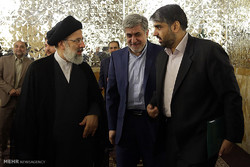 MNA managers meet with custodian of Astan Quds Razavi