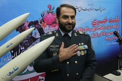 قائد مقرّ خاتم الأنبياء يتحدث للصحفيين في اليوم الوطني للدفاع الجوي الإيراني