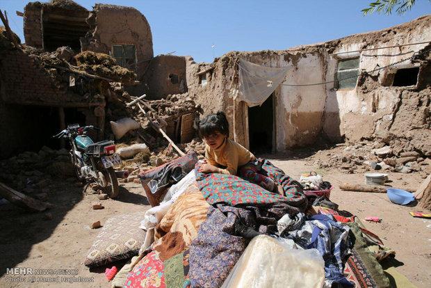 İran'ın Doğu Azerbaycan eyaletindeki depremden kareler