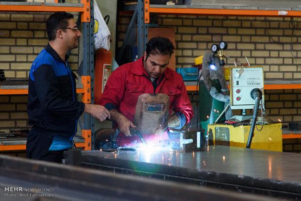 افتتاح پروژههای اقتصادی و عمرانی در کرج با حضور علی اکبر صالحی رئیس سازمان انرژی اتمی و معاون رئیسجمهور