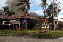 سوپای میانمار خانووی موسڵمانانی ڕۆهینگایی سووتاند