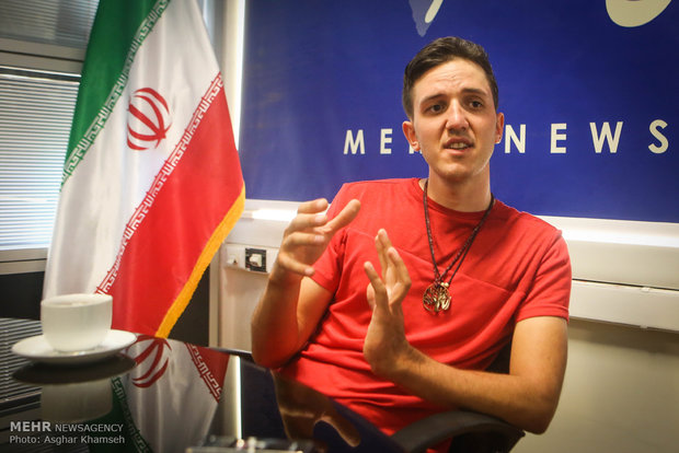 Cyclist Basti Gutmann in Iran for his nature tour