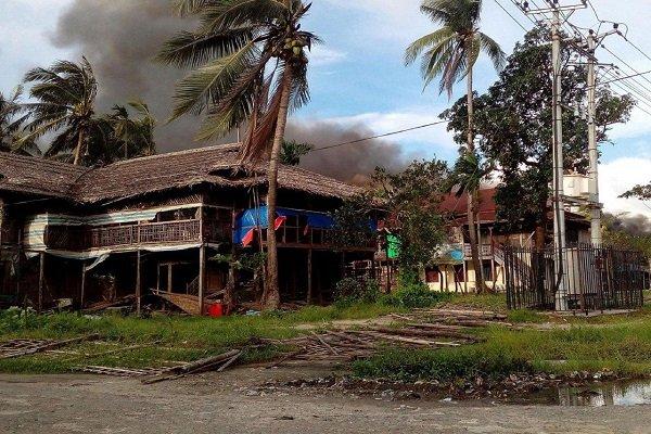 آتش زدن خانه مسلمانان میانمار