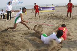 آغاز رقابت کبدی کاران قمی در مسابقات ساحلی کشور