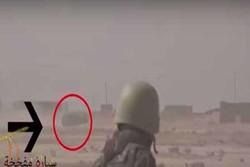 لحظه فرار عامل انتحاری داعش از خودرو بمبگذاری شده