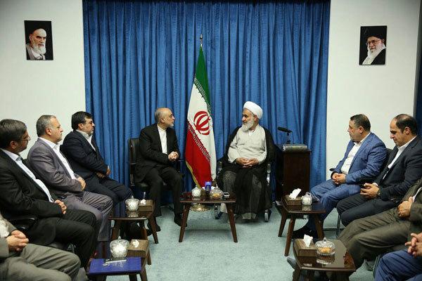 رئیس سازمان انرژی اتمی با امام جمعه قزوین دیدار کرد