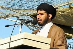 دشمن به دنبال عوض کردن جایگاه دوست و دشمن در امت اسلامی است