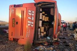 واژگونی اتوبوس دانش آموزان هرمزگانی - کراپشده