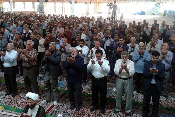İran'ın dört bir yanındaki bayram namazından kareler