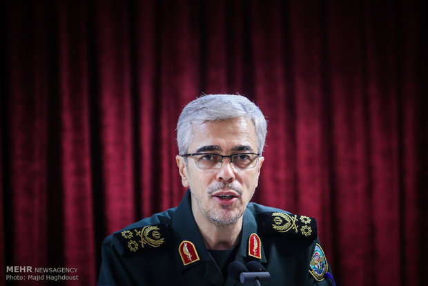 Cmdr. Bagheri congratulates Muslim counterparts on advent of Eid al-Fitr