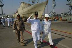 Navy comdr. visits projects under construction in South