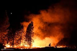 حريق غابات في لوس أنجلوس وإجلاء سكان منطقة مجاورة