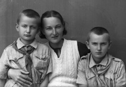 A woman and two boys from the Polish people, which fled to the central Iranian city of Isfahan during WWII, pose in a photo by Iranian photographer Abolqasem Jala.