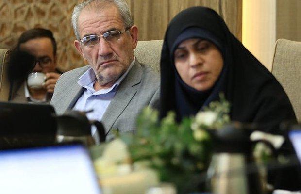 عملکرد شهرداری و شورای شهر در زمینه مبلمان شهری اصفهان ضعیف است